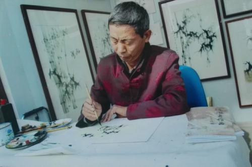 画竹高手赵俊贞和他的彩竹画