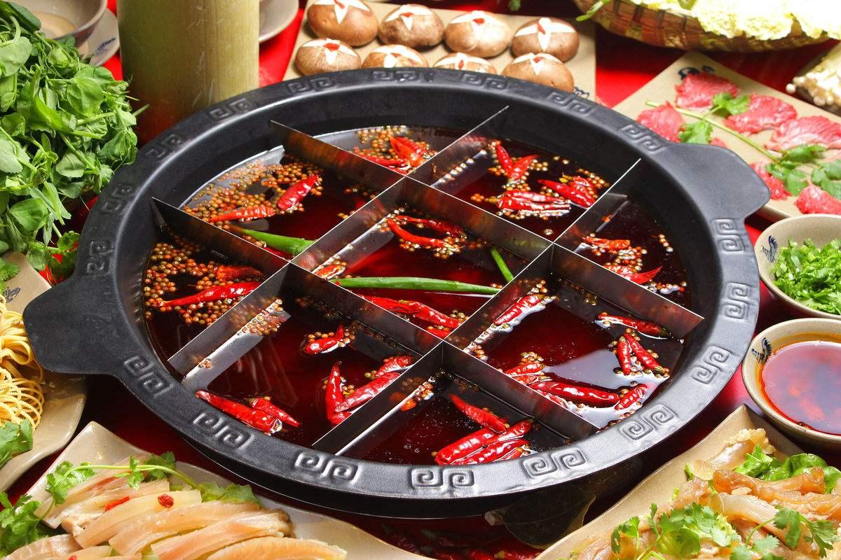 小龙坎火锅餐饮行业怎么利用新闻媒体推广占领市场提升品牌力量